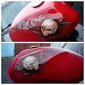 Дизайн и реклама ручной работы. Ярмарка Мастеров - ручная работа Аэрография на топливном баке мотоцикла. Handmade.