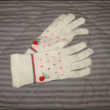 Винтаж ручной работы. Ярмарка Мастеров - ручная работа Винтажные аксессуары: Перчатки с вышивкой. Handmade.