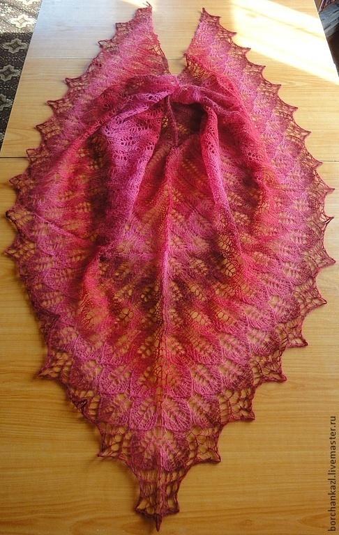 ажурная вязаная шерстяная шаль, теплая шаль, длинно-секционная пряжа, шаль ручной работы, купить подарок, готовая работа, шаль из кауни, треугольная шаль