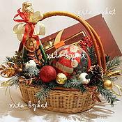 Подарки к праздникам ручной работы. Ярмарка Мастеров - ручная работа Новогодняя подарочная корзина Подарочная корзина Новый год. Handmade.