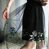 Одежда ручной работы. Ярмарка Мастеров - ручная работа Юбка хлопок с вышивкой по сетке. Handmade.
