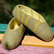Обувь ручной работы. Ярмарка Мастеров - ручная работа Тапочки-следочки валяные из овечьей шерсти. Handmade.