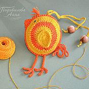 """Куклы и игрушки ручной работы. Ярмарка Мастеров - ручная работа Вязаная игрушка """"Цыпленок"""",амигуруми,слингоигрушка с бубенчиком. Handmade."""