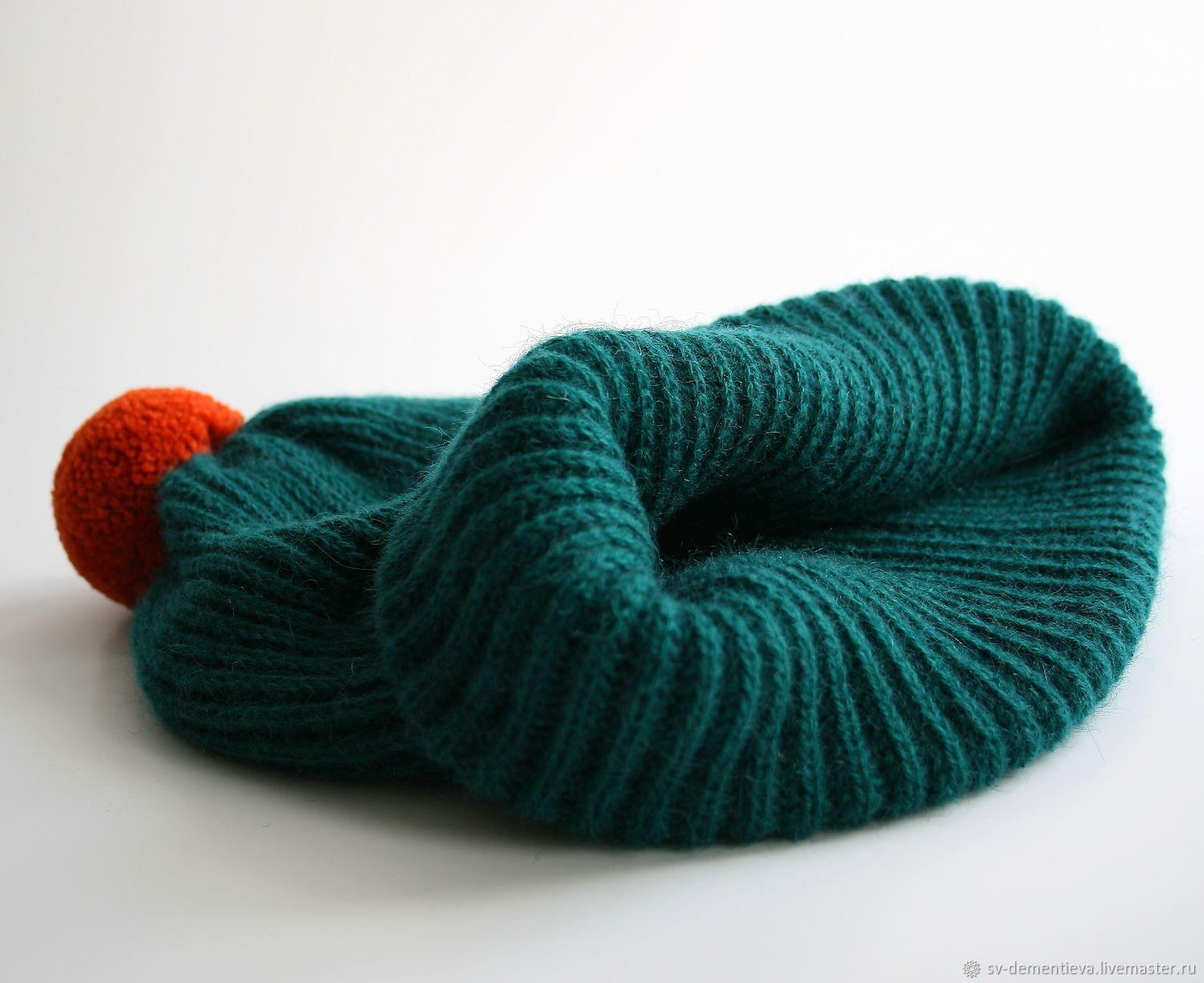 Beanie hat with double POM-POM, dark green, Caps, Moscow,  Фото №1