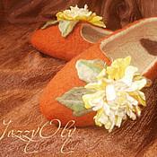 """Обувь ручной работы. Ярмарка Мастеров - ручная работа тапочки """"Осенние хризантемы"""". Handmade."""