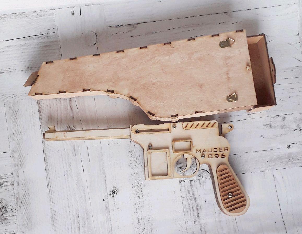 Пистолет из дерева, Сувенирное оружие, Чита,  Фото №1