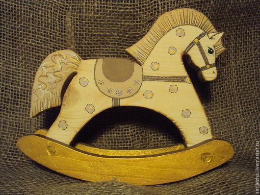 Лошадка-качалка, деревянная игрушка ручной работы, декорированная