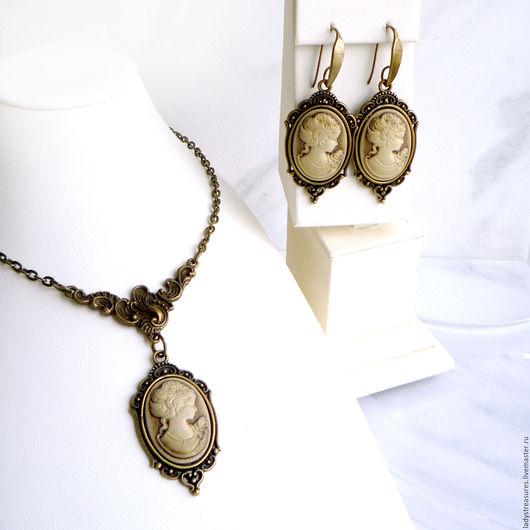 `VINTAGE CAMEO` - комплект украшений в винтажном стиле с камеями - серьги и колье. Колье в винтажном стиле с камеей. Серьги в винтажном стиле с камеями. Украшения в винтажном стиле. Lady`s Treasures.