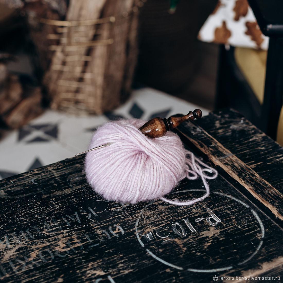 1,25 mm iron crochet hook with wooden handle (cedar) K218, Crochet Hooks, Novokuznetsk,  Фото №1