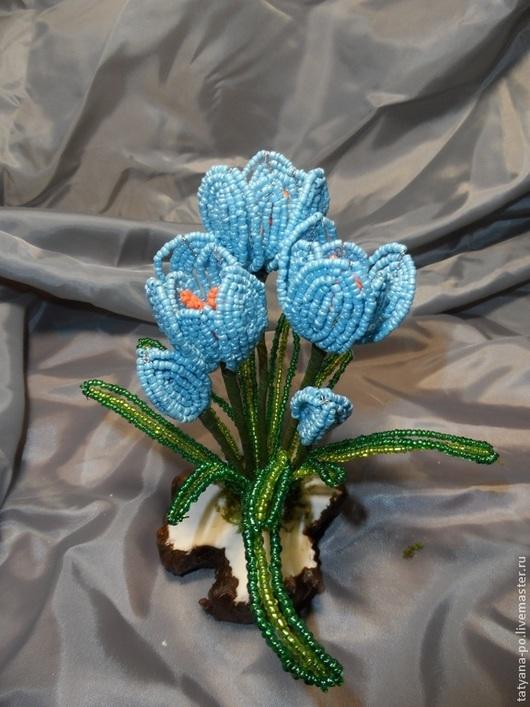 Цветы ручной работы. Ярмарка Мастеров - ручная работа. Купить Крокусы голубые из бисера. Handmade. Разноцветный, голубой цвет