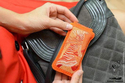 Для телефонов ручной работы. Ярмарка Мастеров - ручная работа. Купить Чехлы для телефона/плеера, айфона, планшета (для примера). Handmade.