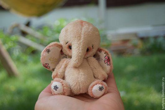 Мишки Тедди ручной работы. Ярмарка Мастеров - ручная работа. Купить Слоник Фил.. Handmade. Бежевый, тедди слон, подарок