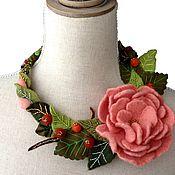 """Украшения ручной работы. Ярмарка Мастеров - ручная работа Колье """"Чайная роза"""". Handmade."""