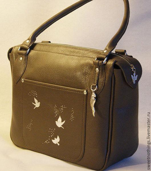 Сумки и аксессуары ручной работы. Ярмарка Мастеров - ручная работа. Купить Серо-коричневая сумка с серебром. Handmade. Серый