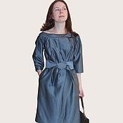 Шелковое платье с широким поясом
