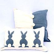 Подарки к праздникам ручной работы. Ярмарка Мастеров - ручная работа Декоративные подушки Кролики. Handmade.