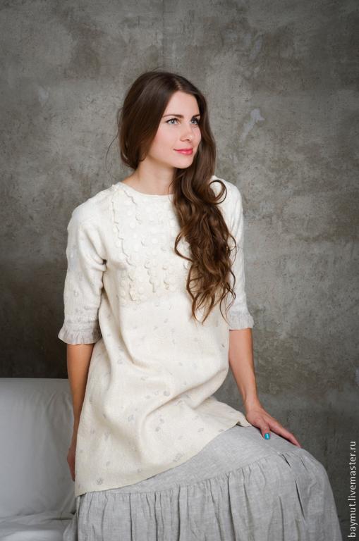 Платья ручной работы. Ярмарка Мастеров - ручная работа. Купить Бохо туника-платье с рукавом. Handmade. Валяное платье, золотистый