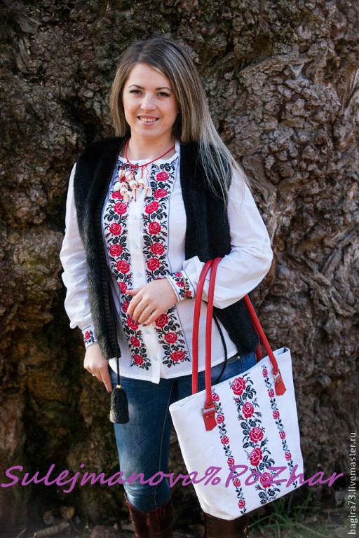 """Блузки ручной работы. Ярмарка Мастеров - ручная работа. Купить """"061"""" Красные розы. Handmade. Ярко-красный, вышивка на одежде"""