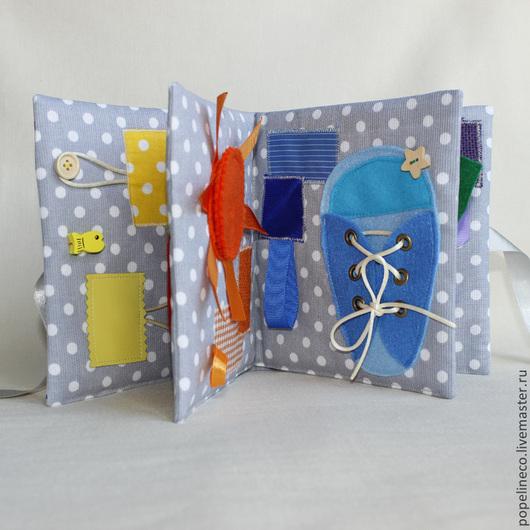 """Развивающие игрушки ручной работы. Ярмарка Мастеров - ручная работа. Купить Развивающая книжка """" Цветные застежки """". Handmade."""