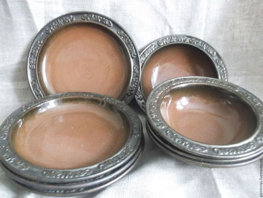 Тарелки ручной работы. Ярмарка Мастеров - ручная работа. Купить Тарелки обеденные коричневые- 12 штук в комплекте. Handmade. Посуда