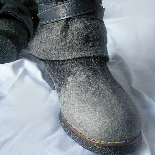 Handmade Shoes handmade. Livemaster - handmade. Buy Felted boots 'Grey tominokoji'.Handmade, boots on the sole