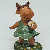 Куклы и игрушки handmade. Livemaster - original item Graze in the meadow to... Bulls, cows. Ceramics. Symbol of the year.. Handmade.