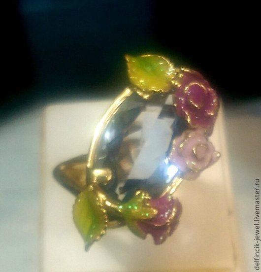 Кольца ручной работы. Ярмарка Мастеров - ручная работа. Купить Золотое кольцо с топазом и цветами из эмали в стиле Роберто Браво. Handmade.