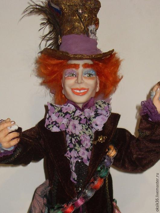 Коллекционные куклы ручной работы. Ярмарка Мастеров - ручная работа. Купить Безумный шляпник.. Handmade. Шляпка, подарок, бархатная лента