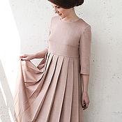Одежда ручной работы. Ярмарка Мастеров - ручная работа Пыльно-розовое шерстяное платье, плиссированная юбка и длинный рукав. Handmade.