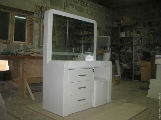 Мебель ручной работы. Ярмарка Мастеров - ручная работа. Купить Туалетный столик. Handmade. Белый, кожа