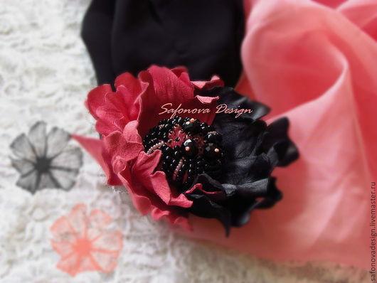Броши ручной работы. Ярмарка Мастеров - ручная работа. Купить Some Charcoal in Coral Flower. Handmade. Коралловый