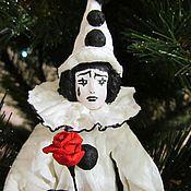 Куклы и игрушки ручной работы. Ярмарка Мастеров - ручная работа Пьеро - ватная игрушка на ёлку. Handmade.