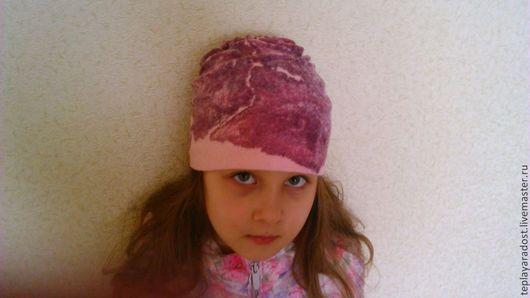 """Шапки и шарфы ручной работы. Ярмарка Мастеров - ручная работа. Купить Шапочка для девочки """"Весеннее настроение"""". Handmade. Розовый, австралийский"""