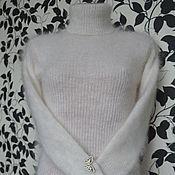 Свитеры ручной работы. Ярмарка Мастеров - ручная работа свитер-водолазка из козьего пуха. Handmade.