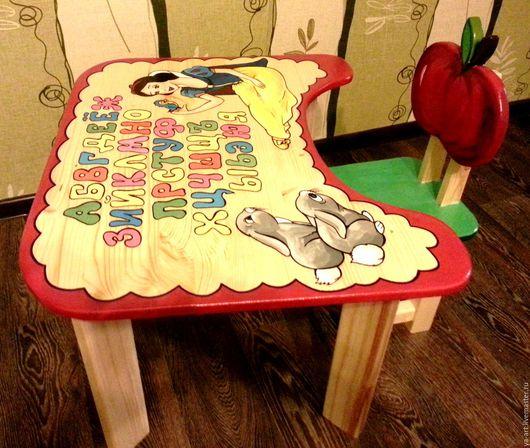 """Детская ручной работы. Ярмарка Мастеров - ручная работа. Купить Столик + стульчик """"Белоснежка"""". Handmade. Комбинированный, белоснежка"""