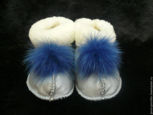 Обувь ручной работы. Ярмарка Мастеров - ручная работа. Купить Женская домашняя обувь(чуни) МЯГКАЯ ОВЕЧКА. Handmade. Голубой, мутон