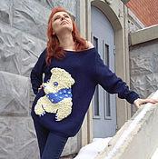 Одежда ручной работы. Ярмарка Мастеров - ручная работа Темно-синий длинный джемпер с белый медвежонком. Handmade.