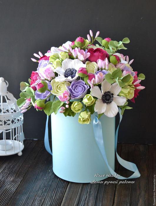 Интерьерные композиции ручной работы. Ярмарка Мастеров - ручная работа. Купить Цветы ручной работы в  шляпной коробке 43 см (полимерная глина). Handmade.