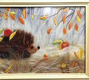 """Картины и панно ручной работы. Ярмарка Мастеров - ручная работа """"Ёжик готовится к зиме"""". Картина из шерсти мериноса.. Handmade."""