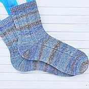 Аксессуары ручной работы. Ярмарка Мастеров - ручная работа Мужские носки вязаные серо-голубые Grey Blue. Handmade.