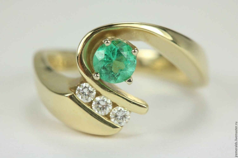 0.89tcw Round Colombian Emerald & Three Diamond Ring 14k, Rings, West Palm Beach,  Фото №1