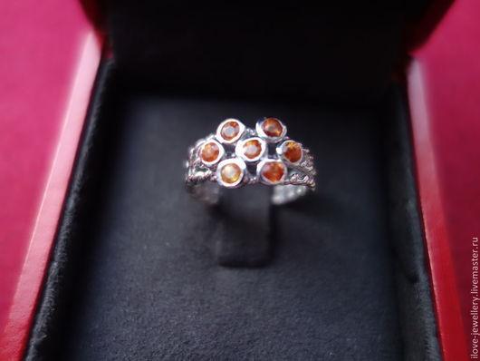 """Кольца ручной работы. Ярмарка Мастеров - ручная работа. Купить """"Утренняя заря"""" - кольцо с редкими оранжевыми сапфирами. Handmade. Рыжий"""