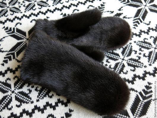 Варежки из темно-коричневой норки