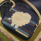 Сумки и аксессуары ручной работы. Ярмарка Мастеров - ручная работа Джинсовая сумочка с овечкой. Handmade.