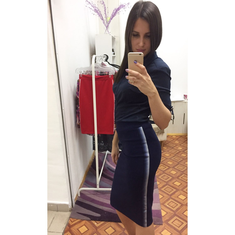 Спортивная юбка с лампасами