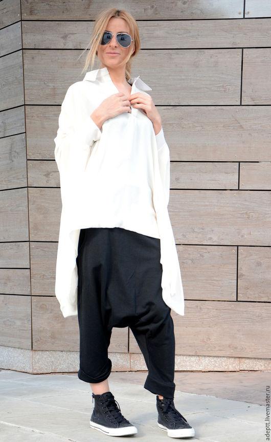 ** Adeptt - это мода и стиль свободных женщин, которые обожают менять свои образы и ищут одежду, которая, прежду всего, подчеркивает их вкус и женственность.