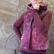 """Одежда ручной работы. Ярмарка Мастеров - ручная работа Валяный жилет с капюшоном """"Брусничный джем"""". Handmade."""