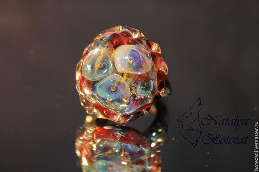 Кольцо цветок авторского стекла NBotezat с цветами  муранского венецианского стекла. Купить кольцо в подарок девушке женщине