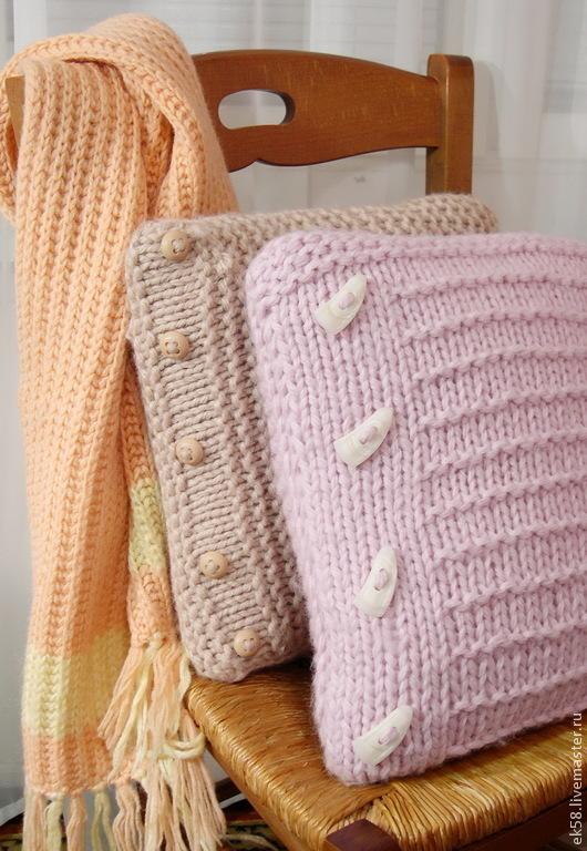Текстиль, ковры ручной работы. Ярмарка Мастеров - ручная работа. Купить Вязанная подушечка. Handmade. Подушка на диван, наполнитель холофайбер