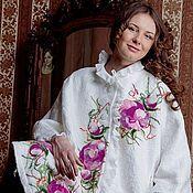 """Одежда ручной работы. Ярмарка Мастеров - ручная работа Пончо белое """"Шиповник"""". Handmade."""